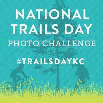 4 Short KC Dog Club Hikes to Celebrate National Trails Day on June 4th