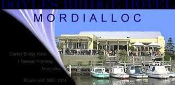 Doyles Bridge Hotel Cafe Bar