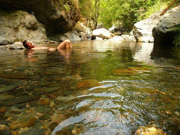 Cascadas y piscinas naturales de la garrotxa waterfalls for Piscinas naturales barcelona