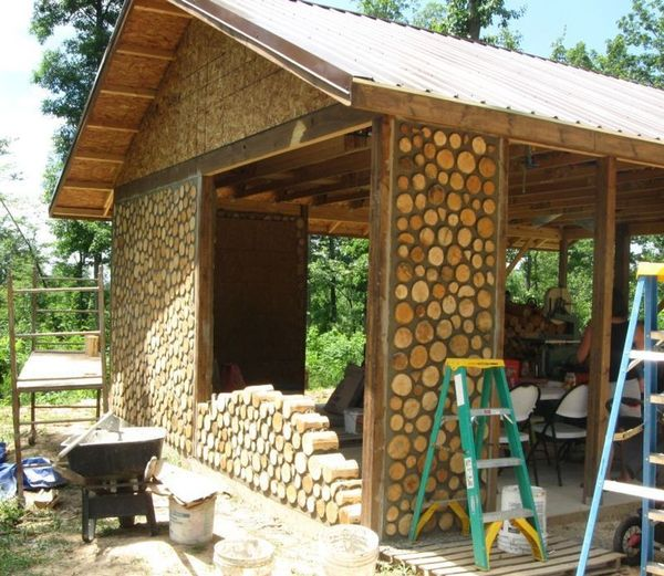 Ecobuilding how to build a cordwood wall south texas - How to build a cordwood house ...