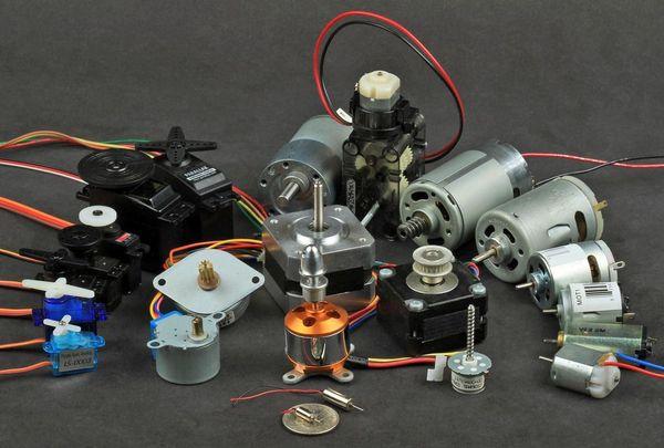 600 410911692 - Taller de control de servos y motores con Arduino