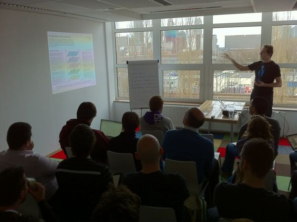 Peter Boersma speaking at /dev/haag on UX