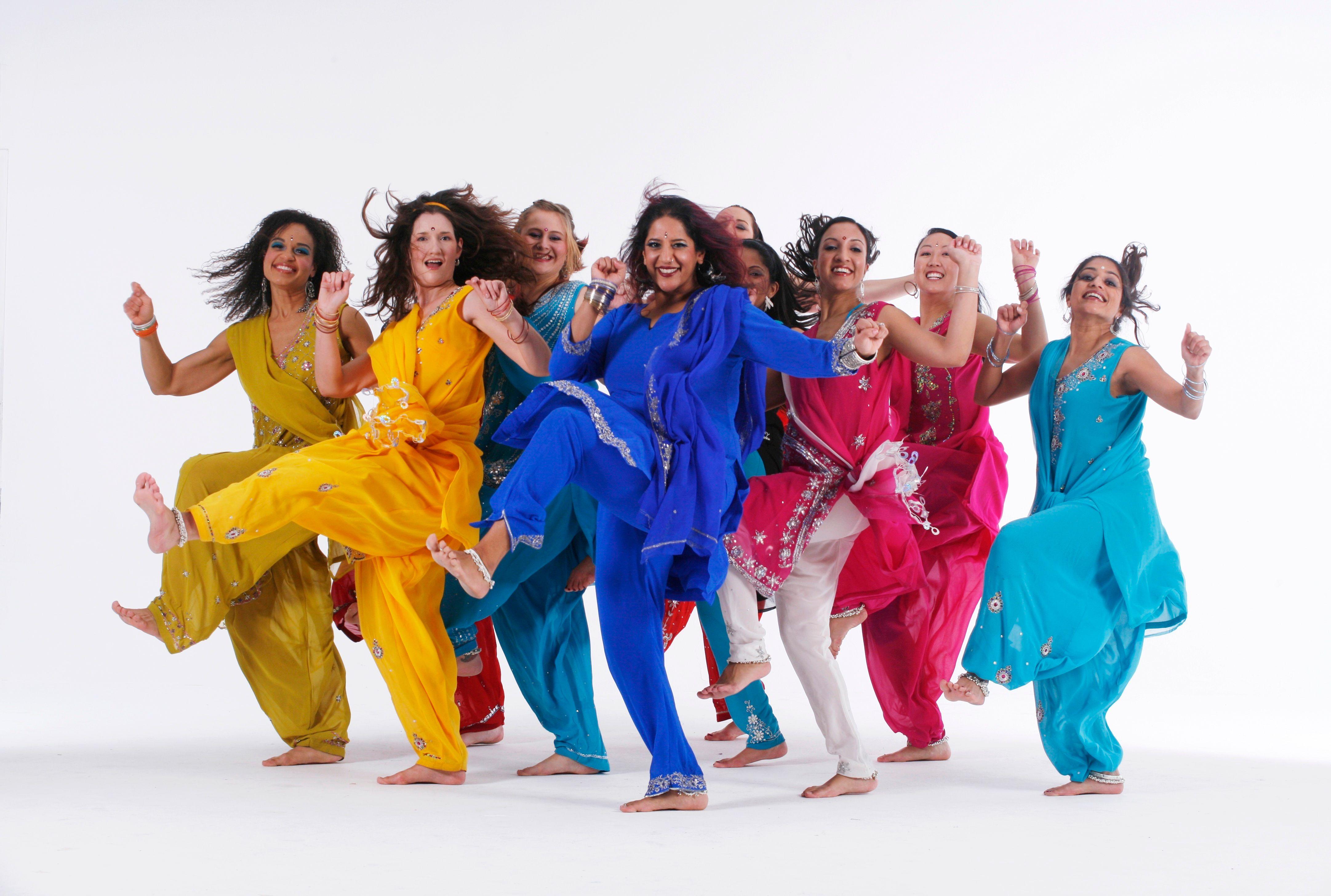 """bollywood dance El responsable de esta nueva moda es dj prashant, creador de """"jai ho"""", una fiesta itinerante que se hace en varias de ciudades de estados unidos y europa (y que."""