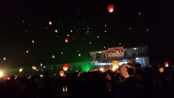 Let's fly sky lanterns to celebrate Mid-Autumn Festival starting at