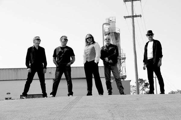Straightjacket - Australia's Premier Angels Tribute Band - The ...